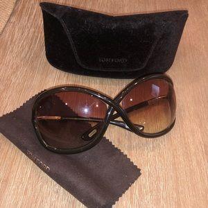 6e5e9488847 Tom Ford Accessories - TF  Whitney   sunnies 😎